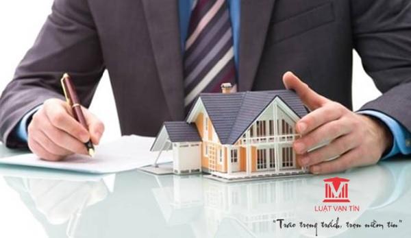 Kiểm tra hồ sơ là bước quan trọng để hoàn thành thủ tục thừa kế nhà đất